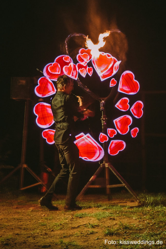 LED Show Herzen