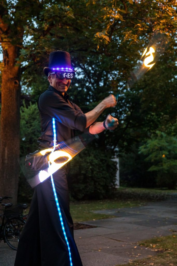 LED Walk Akt